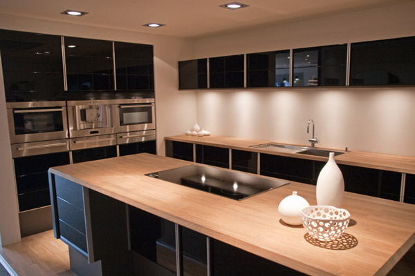 Gloss Black Kitchen Modern Furniture Design Blog & tips home design: High Gloss Black Kitchens
